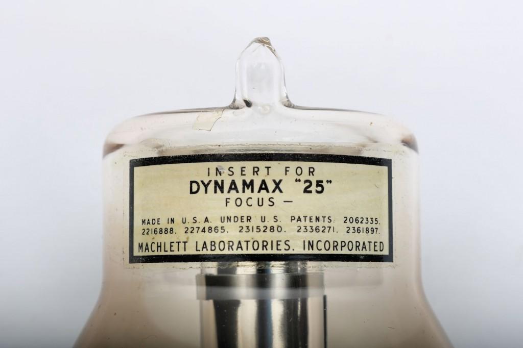 Dynamax Tube label